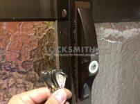 玄関引戸錠交換